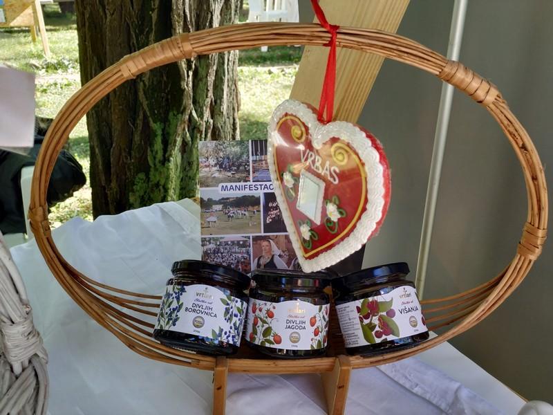 """ТО Врбас се представила манифестацијом """"Дани традиције"""" на манифестацији Рогаљ - фестивал војвођанских фестивала"""